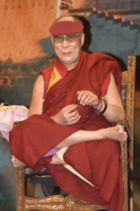 dalai_lama_1471_luca_galuzzi_2007[1]