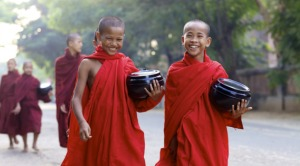 buddhist-monks-large-569x315[1]
