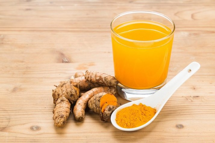 Drink-Warm-Turmeric-Water-in-the-Morning[1]
