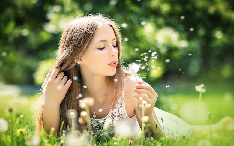 girl-blowing-dandelion[1]