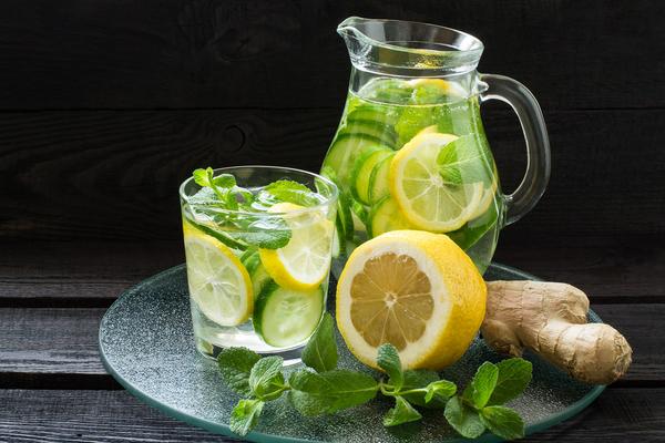gobek-yaglarini-eriten-limon-zencefil-nane[2]
