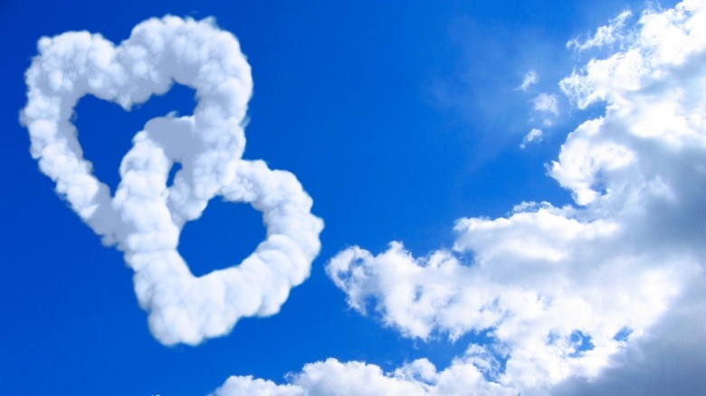 Heart-Shaped-Clouds[1]