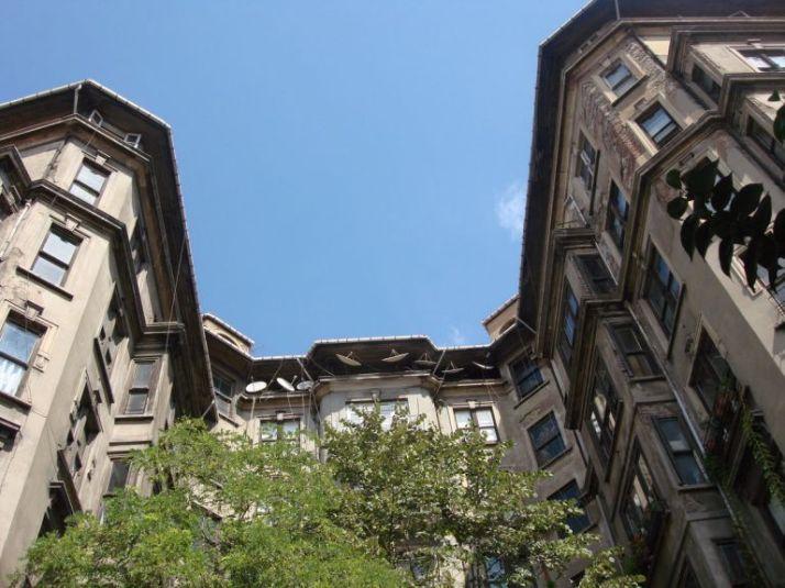 istanbul-eski-apartmanlar-arif-pasa-768x576[1]