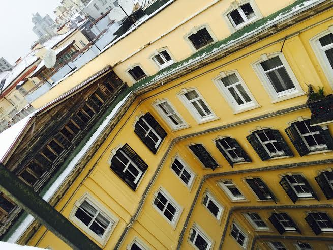 istanbul-eski-apartmanlar-dogan-apartmani[1]
