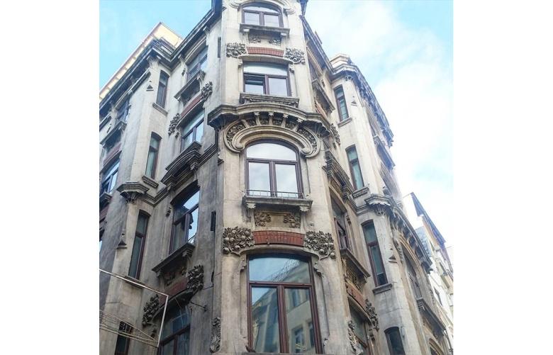 istanbul-eski-apartmanlar-ragip-pasa[1]